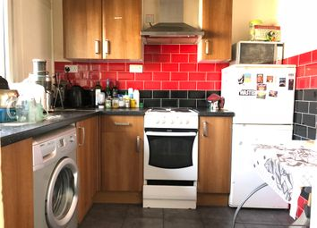 Thumbnail 4 bed maisonette to rent in Cable Street, London