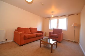 Thumbnail 2 bed flat to rent in Trafalgar Lane, Edinburgh