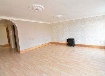 Thumbnail 3 bed flat for sale in Hallgarth, Marshchapel, Grimsby