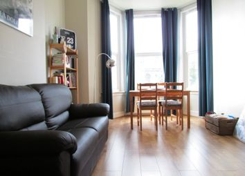 Thumbnail 3 bedroom flat to rent in Holloway Road, London