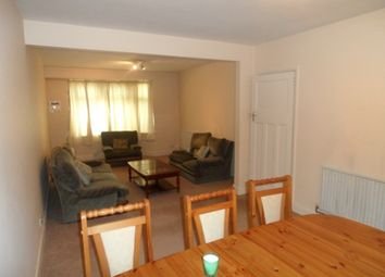 Thumbnail 3 bed detached house to rent in Byron Avenue, Hounslow