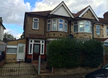 Thumbnail 2 bed flat to rent in Abbots Park Road, Leyton