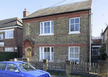 Thumbnail 1 bedroom flat to rent in Commondale, Putney