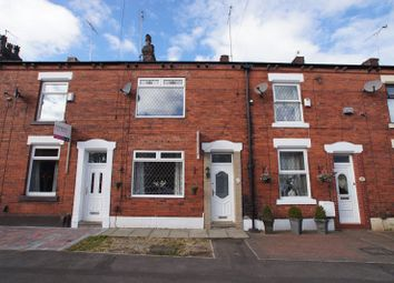 2 bed terraced house to rent in Albert Street, Royton, Oldham OL2