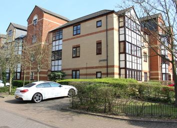 Thumbnail 2 bedroom flat to rent in Maltings Place, Reading