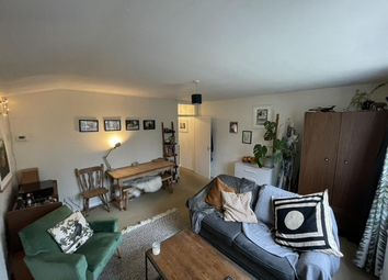 Thumbnail 1 bed flat to rent in Glamorgan Road, Kingston Upon Thames, London