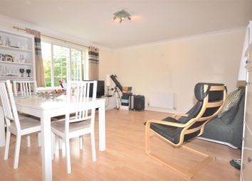 Thumbnail 2 bedroom flat to rent in East Road, London