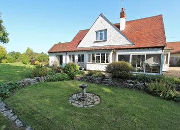 Sway Road, Brockenhurst, Hampshire SO42. 4 bed country house