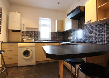 Thumbnail 1 bed flat to rent in Basildene Road, Hounslow