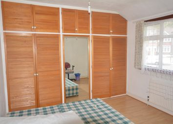 Thumbnail 4 bed terraced house to rent in Shell Road, London