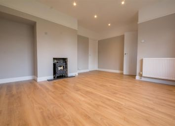 Thumbnail 3 bedroom maisonette for sale in Edmunds Road, Hertford