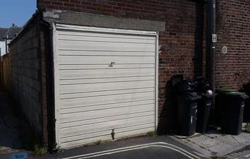 Thumbnail Light industrial to let in Store To Rear, 147 Forton Road, Gosport