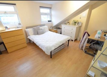 Thumbnail 7 bed terraced house to rent in Chestnut Avenue, Seven Bed, Hyde Park, Leeds