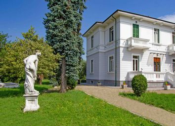 Thumbnail 4 bed villa for sale in Villafranca In Lunigiana, Massa And Carrara, Italy