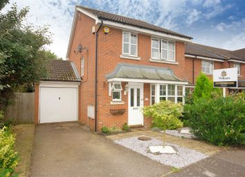 Thumbnail 3 bed link-detached house to rent in Friarscroft Way, Aylesbury