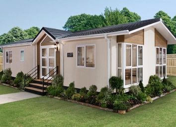 Thumbnail 1 bed mobile/park home for sale in Mytchett Farm Park, Mytchett Road, Mytchett, Camberley
