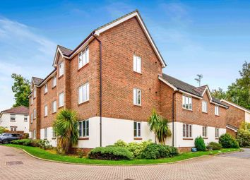Thumbnail 2 bed flat for sale in Oakhill Chase, Crawley