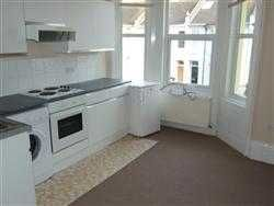 Thumbnail 2 bed flat to rent in Queens Park Road, Brighton