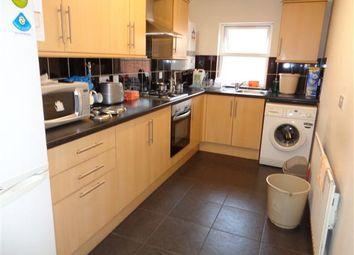 Thumbnail 3 bed flat to rent in Egginton Street, Leicester