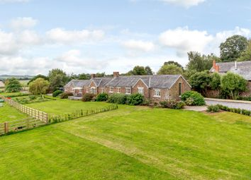 Stockleigh English, Crediton, Devon EX17. 4 bed detached house