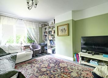 Thumbnail 3 bed flat to rent in Long Lane, East Finchley
