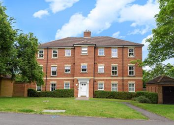 Thumbnail 2 bed flat for sale in Bracknell, Berkshire