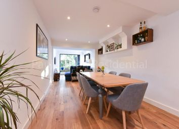 Thumbnail 2 bed flat for sale in Cavendish Road, Finsbury Park, London