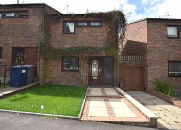 3 bed property for sale in Springfield Close, London N12