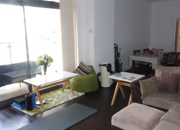 3 bed flat to rent in Ballards Lane, North Finchley, London, Greater London N12