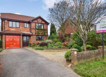 Thumbnail 4 bed detached house for sale in Tilmore Gardens, Petersfield, Hampshire