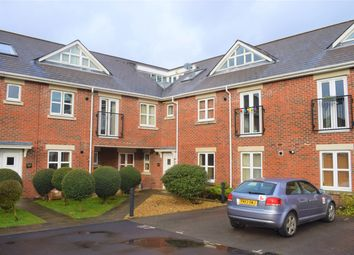 Thumbnail 2 bed flat to rent in Blenheim Road, Eastleigh