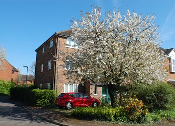 Thumbnail 1 bed flat to rent in Corrie Road, Cambridge