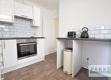 Thumbnail 1 bedroom flat to rent in Hollingdean Terrace, Brighton