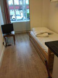 Thumbnail Studio to rent in Burlington Road, Isleworth