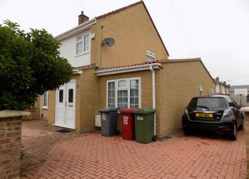Thumbnail 5 bed semi-detached house to rent in Parry Green South, Langley, Slough