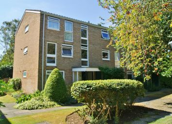 Thumbnail 1 bed flat to rent in Harrowdene Gardens, Teddington