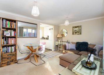 2 bed flat for sale in Catalina Drive, Baiter Park, Poole, Dorset BH15