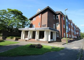 Thumbnail 2 bedroom flat to rent in Harlands Road, Haywards Heath