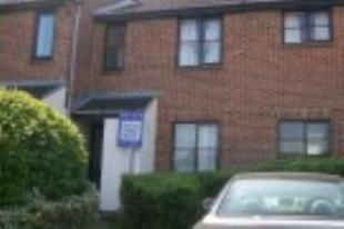 Thumbnail 1 bed flat to rent in Highgrove Close, Calne
