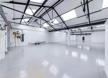 Thumbnail Warehouse to let in K, Penfold Industrial Park, Imperial Way, Watford, Hertfordshire