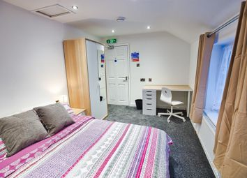 Thumbnail 5 bed shared accommodation to rent in Wellington Street, Gravesend