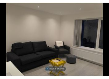 Thumbnail Room to rent in Elmbank Avenue, Englefield Green