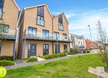 Quayside Parade, Rowhedge, Colchester CO5. 4 bed town house