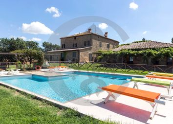Thumbnail 12 bed farmhouse for sale in Valle D'orcia, Pienza, Siena, Tuscany, Italy
