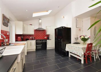 Thumbnail 4 bed bungalow for sale in Nickleby Road, Clanfield, Waterlooville, Hampshire