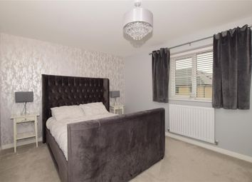2 bed property for sale in School Avenue, Basildon, Essex SS15