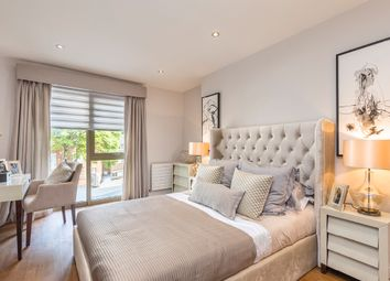 Thumbnail 2 bedroom flat for sale in Lawn Road, Hampstead