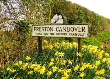 Thumbnail Land for sale in Garden Close, Preston Candover, Basingstoke