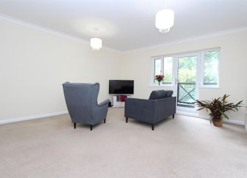 Thumbnail 2 bed flat to rent in Wren Drive, West Drayton
