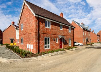 Thumbnail 4 bed detached house for sale in Provis Wharf, Aylesbury